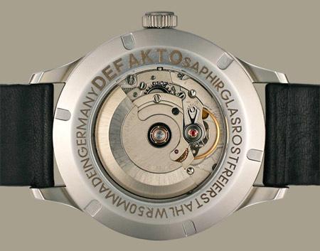 Defakto молодой часовой бренд, который был основан в начале 2009 года