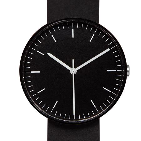 Коллекция выпущена ограниченным тиражом, и каждые часы имеют свой уникальный серийный номер