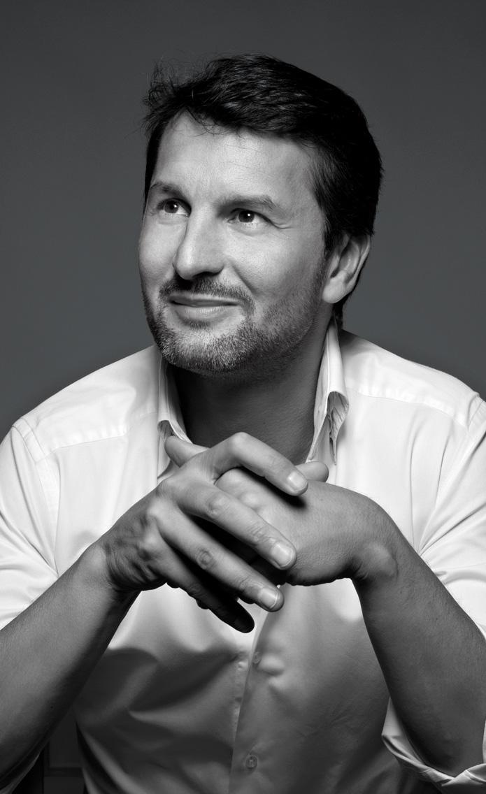 Максимилиан Бюссер (Maximilian Büsser)