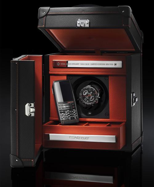 хронограф Grand Carrera Calibre 17 RS2 и мобильный телефон Meridiist