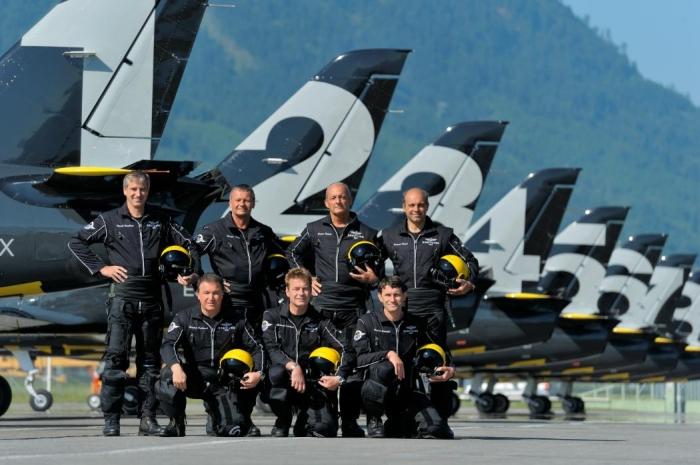 Breitling Jet Team единственная в мире гражданская пилотажная группа, оснащенная реактивными самолетами