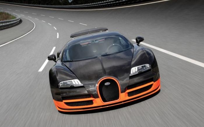 самый быстрый автомобиль в мире Bugatti Veyron 16.4 Super Sport
