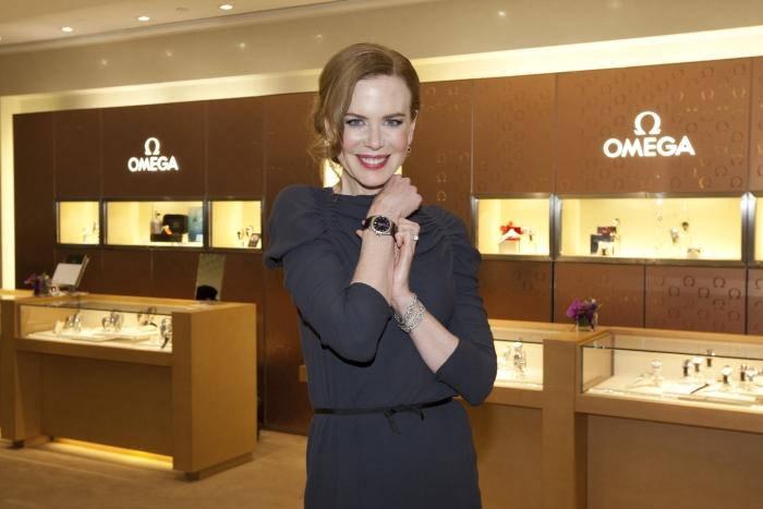 официальный посланник часовой марки Omega - Николь Кидман (Nicole Kidman)