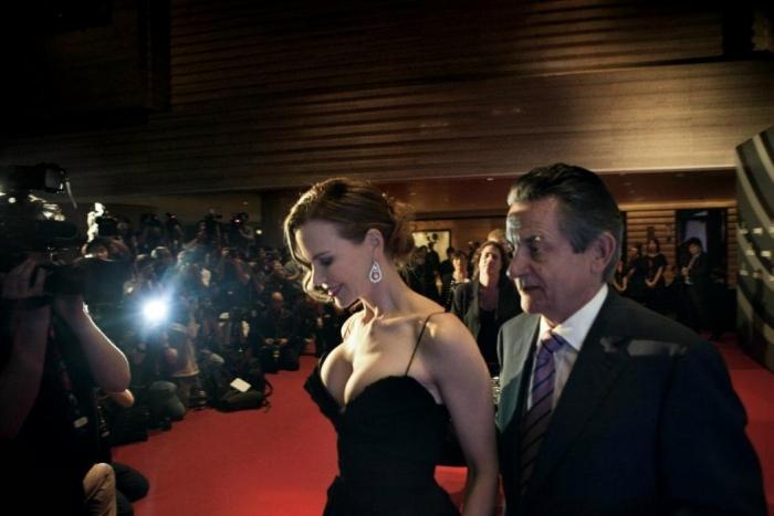 Николь Кидман (Nicole Kidman) посетила Гонконг с целью проведения специального благотворительного концерта под эгидой Женского фонда развития ООН (UNIFEM)