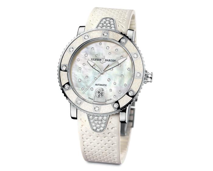 часы Lady Diver Starry Night выпущенные компанией Ulysse Nardin