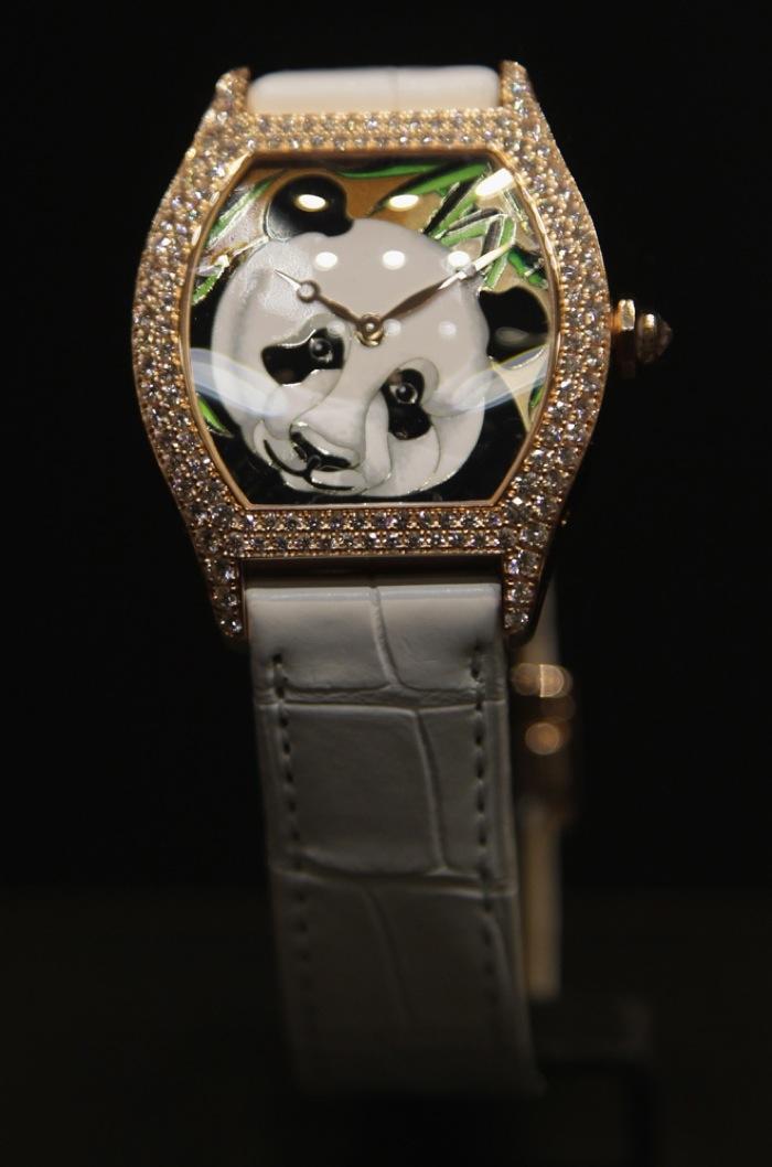 Cartier Tortue, Panda