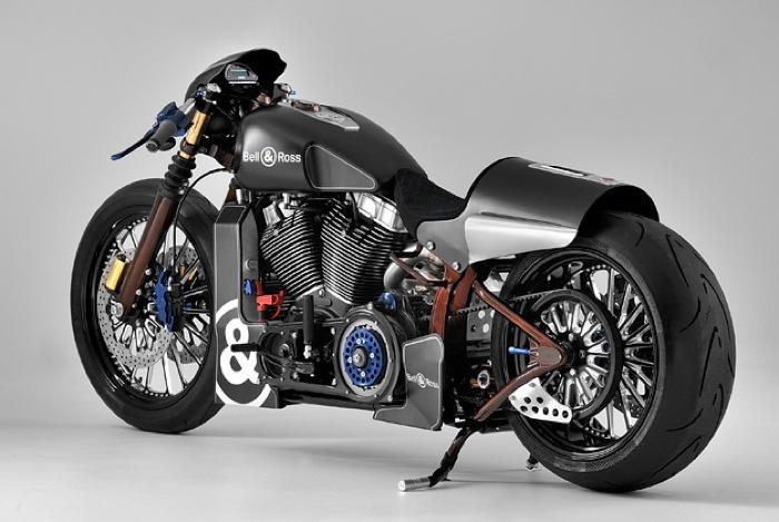 уникальный мотоцикл с часами