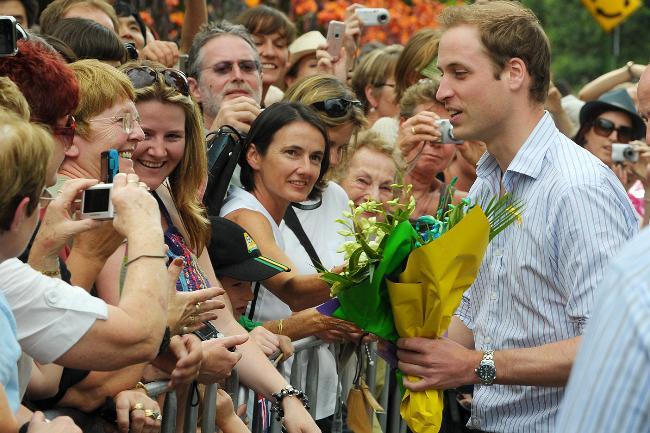 принц Уильям носит часы Омега