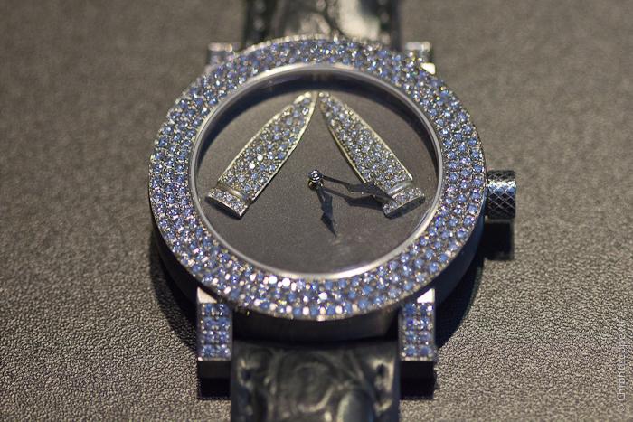 Модель из коллекции Son of a Gun с бриллиантами