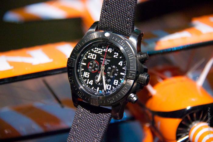 Breitling Super Avenger Military-4