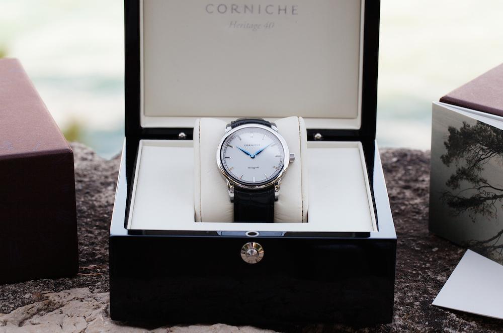 часы Corniche Heritage 40