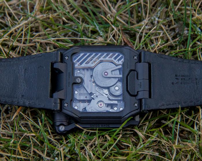 Urwerk EMC Black-10