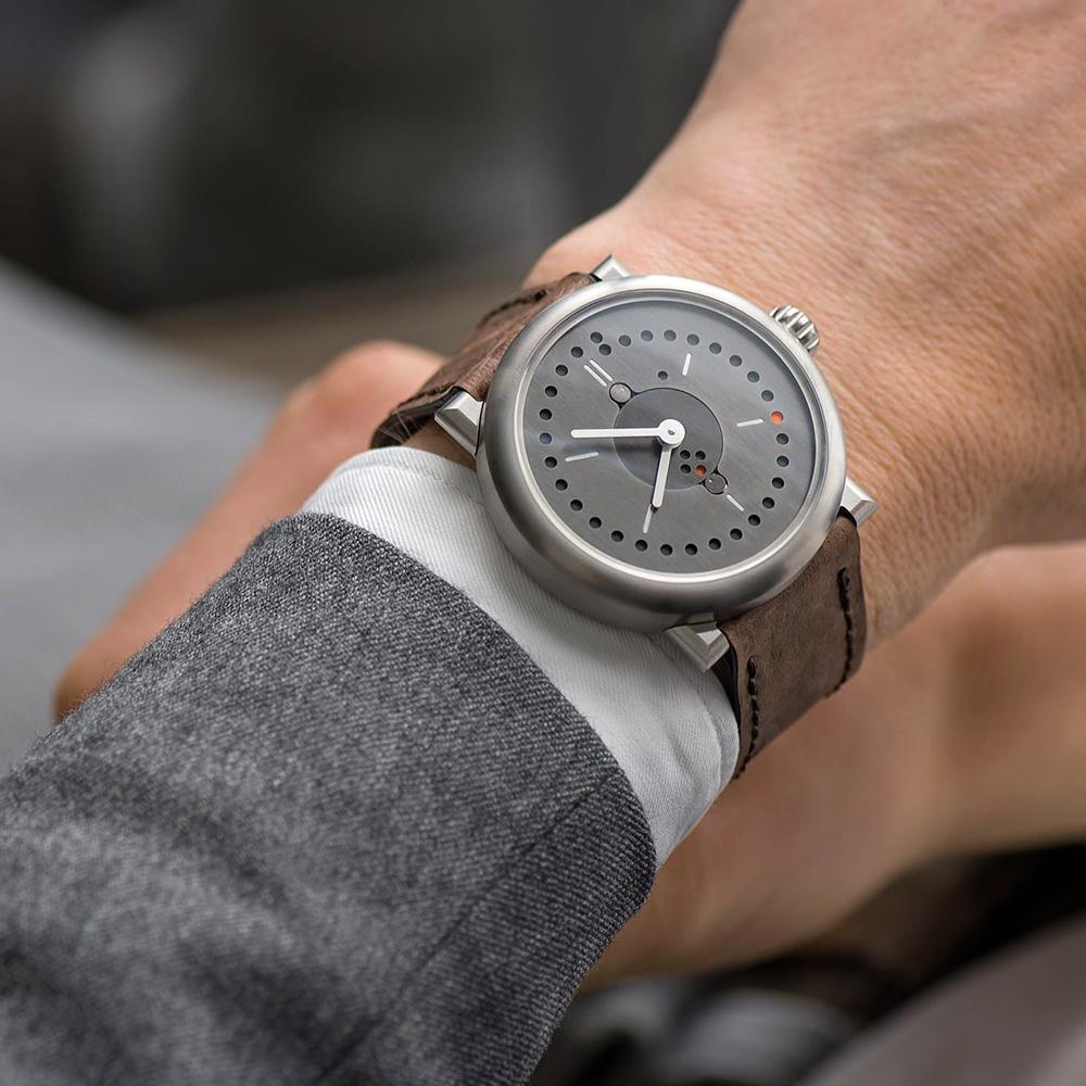ochs-junior-perpetual-calendar-wristshot