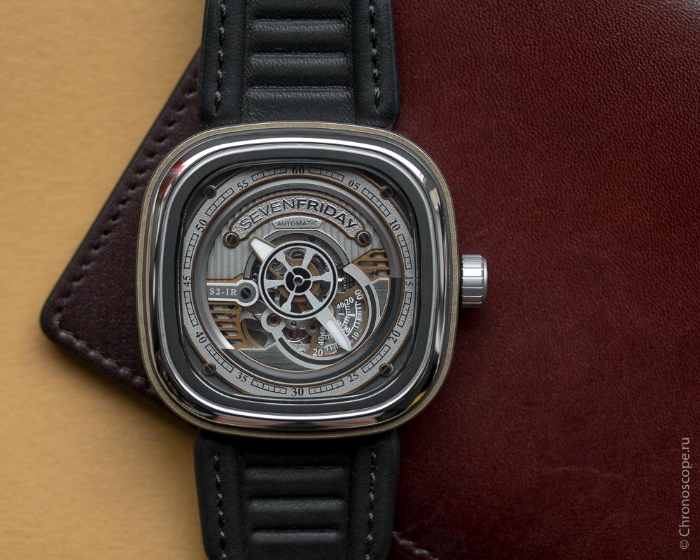 Часы SEVENFRIDAY S2/01 Часы Seiko SNP127P1